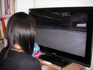 テレビを見ている様子.JPG